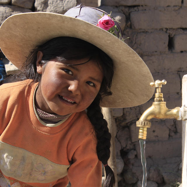 Kind Bolivien World Vision Wasser