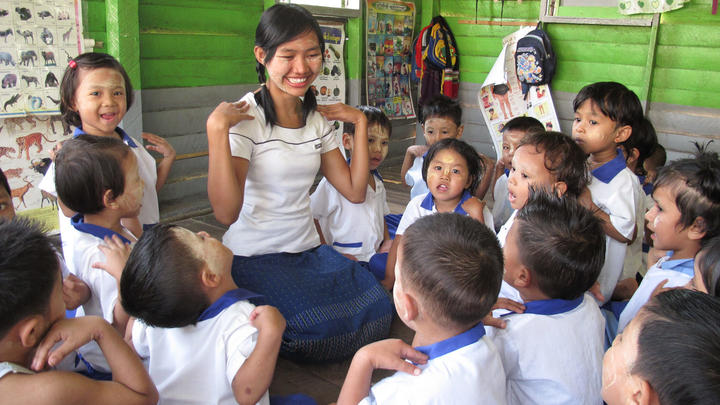 Ehemaliges World Vision Patenkind in einem Kindergarten in Myanmar